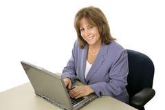 Cómodo ejecutivo femenino Foto de archivo