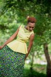 Cópia bonita da senhora In Beatiful African de África imagens de stock