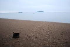 Cópias do pé na areia Fotografia de Stock