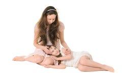 Córka i matka delikatnie komunikujemy z each inny zdjęcia stock