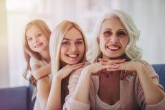 Córka, matka i babcia, w domu zdjęcie royalty free