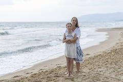 córki plażowa matka obraz royalty free