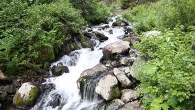 Córrego nas montanhas filme