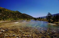 Córrego pequeno no vale Fotografia de Stock Royalty Free