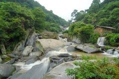 Córregos da montanha imagem de stock royalty free