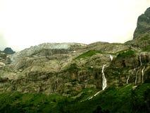 Córregos e cachoeiras Imagens de Stock