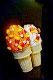 Cônes de gâteau de maïs de sucrerie de Veille de la toussaint Photographie stock