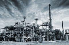 côté en noir d'Industriel-centrales image stock