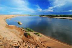 Côté pittoresque du fleuve Yenisei Photographie stock