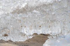 Côte congelée et glaciale 8 de mer baltique photographie stock