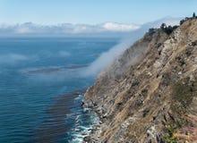 Côte de Big Sur, levage de brouillard Photo stock