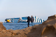 Côte de coulage Concordia de bateau de croisière, Image libre de droits