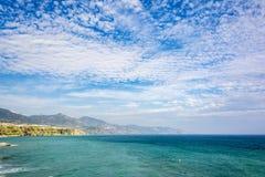 Côte de la mer Méditerranée à Nerja, Espagne Image stock