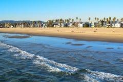 Côte de Los Angeles vue de la jetée de pêche de Venice Beach images libres de droits