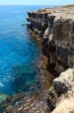 Côte de Rocky Salento, Roca Vecchia, Italie Photos libres de droits