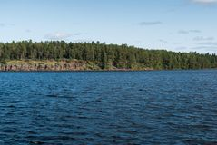 Côte et forêt sur la côte Photo stock