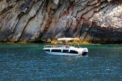 Côte touristique de Moraira avec tout le type des yachts et de voiliers photo libre de droits