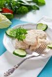 Côtelettes diététiques sur des paires avec le concombre Images stock