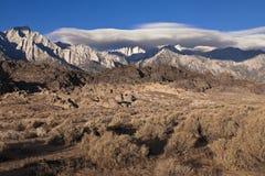 Côtes de l'Alabama avec les montagnes recouvertes par neige Photo stock