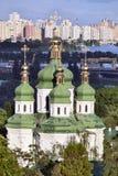 Cúpula da catedral ortodoxo em Kiev imagem de stock