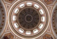 Cúpula de la basílica fotografía de archivo