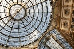 Cúpula do shopping Vittorio Emanuele II em Milão, Itlay Imagens de Stock