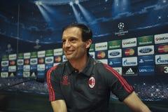 A.C. 米兰教练Massimiliano Allegri在新闻招待会在巴塞罗那 库存图片