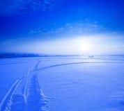 33c 1月横向俄国温度ural冬天 冷冬天日落 库存图片