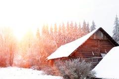 33c 1月横向俄国温度ural冬天 在城市之外的晴天 图库摄影