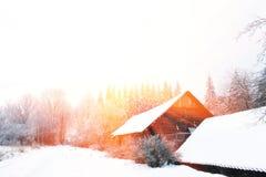 33c 1月横向俄国温度ural冬天 在城市之外的晴天 免版税库存图片