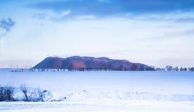 33c 1月横向俄国温度ural冬天 山的看法 Soligorsk 图库摄影