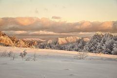 33c 1月横向俄国温度ural冬天 美好的冬天landscape.3d图象 免版税库存图片