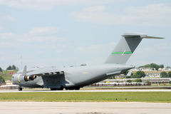 C-17 sulla pista Immagini Stock