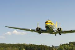 C-47降低的Skytrain 免版税库存照片