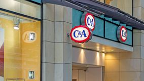 C&A衣物和时尚商店标志 免版税库存照片