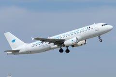 C5-AAR Airana Afgańskie linie lotnicze Aerobus A320-231 Fotografia Stock