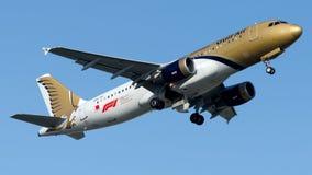 A9C-AC Gulf Air, flygbuss A320-200 Royaltyfri Bild