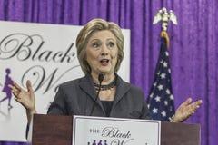 C.C : Colloque d'annuaire d'ordre du jour de €™s de Hillary Clinton Black Womenâ Photographie stock libre de droits