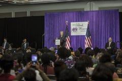 C.C : Colloque d'annuaire d'ordre du jour de €™s de Hillary Clinton Black Womenâ Photo libre de droits
