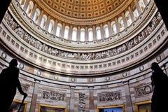 C.C rotunda de statues de dôme de capitol des USA Images stock