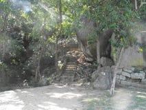 C'EST BELLE YAPAHUWA FORTERESSE DE ROCHE DE L'IMAGE DE SRI LANKA image stock