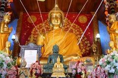 C'est une belle image d'or de Bouddha, foi dans le bouddhisme photographie stock libre de droits