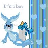 C'est une carte de bébé. jouet mignon de lapin de dessin animé Photos libres de droits