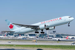 C-GEOQ Air Canada, Boeing 767-375/ER Imagens de Stock Royalty Free