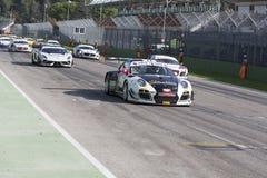 C I Courses d'automobiles de Turismo de mamie Photo stock