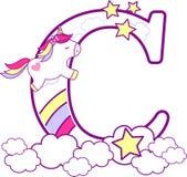 C inicial com unicórnio bonito e arco-íris ilustração royalty free