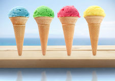 Cônes de glace d'été Photographie stock