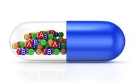 C?psula com vitaminas Fotografia de Stock Royalty Free