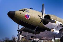 C-47 Skytrain van Douglas tijdens Wereldoorlog II uitgebreid wordt gebruikt die stock afbeelding