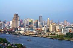 Bâtiment moderne de paysage urbain de Bangkok Images stock